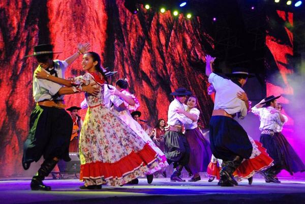 Casada Procura Musicas Esporte Dança-8109