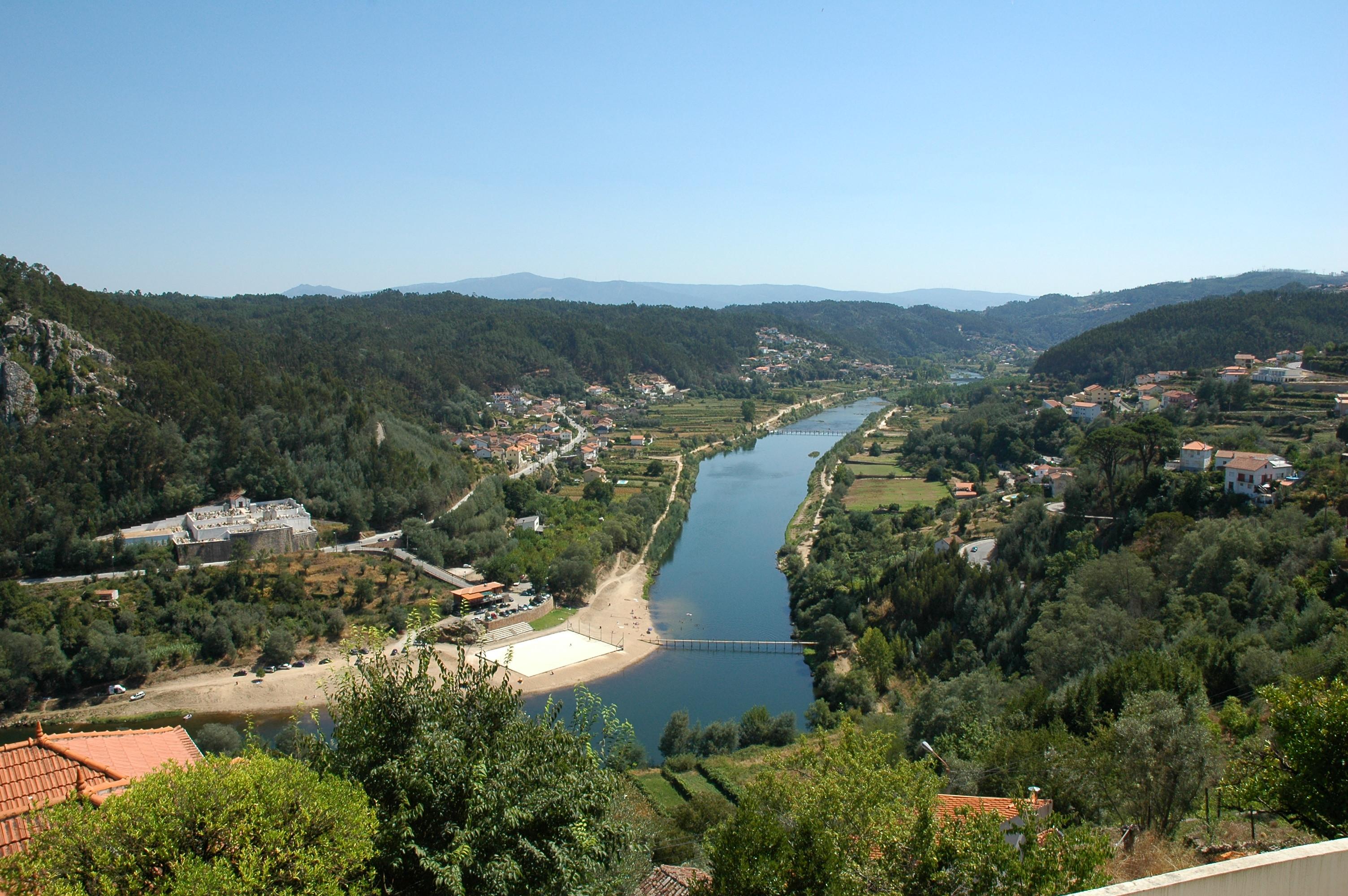 Contatos Em Del Rio Rebordosa-1229