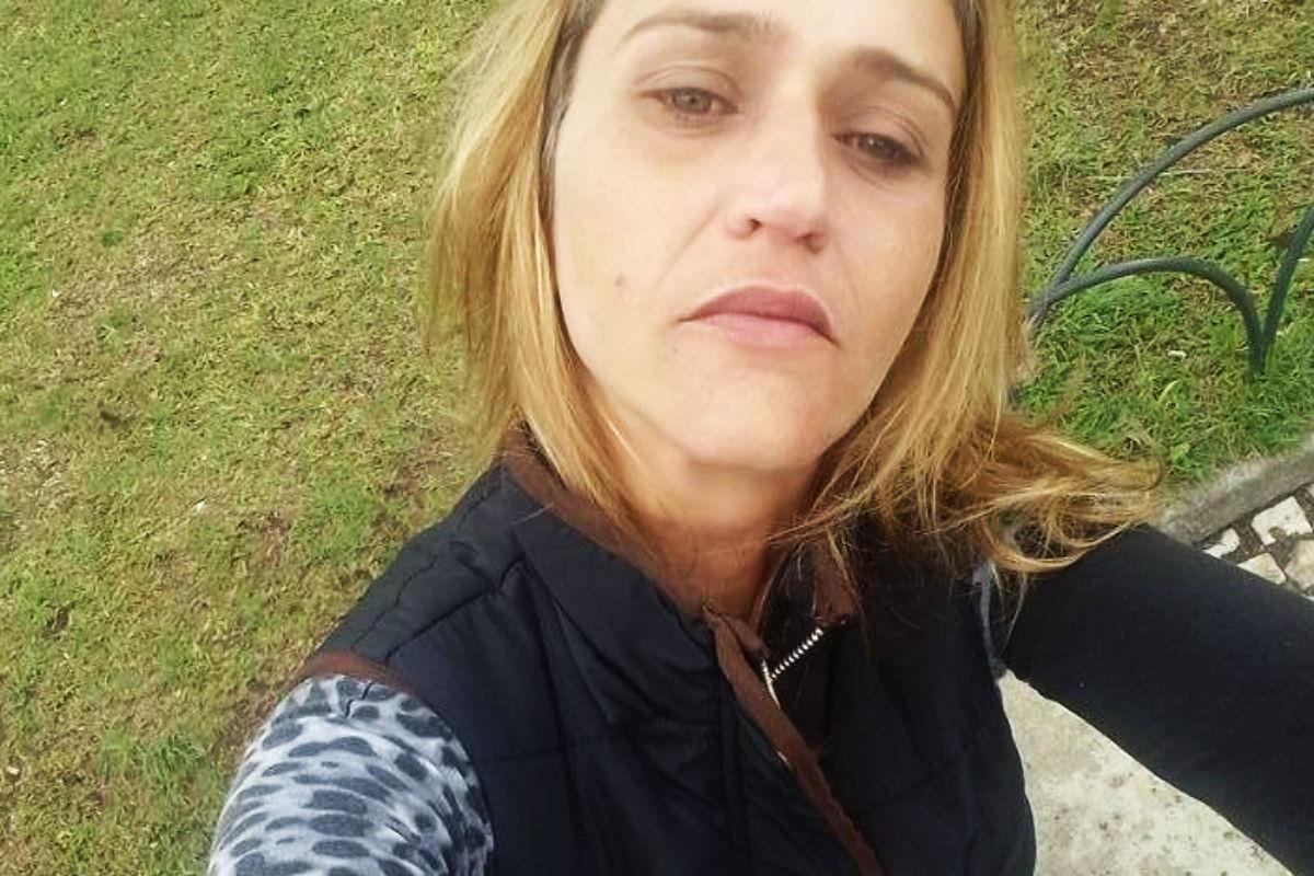 Em Busca De Mulheres Para A Limpeza De Curitiba-893