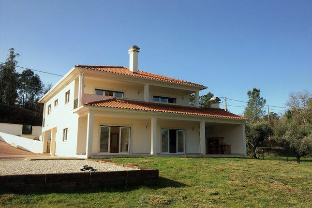 Ménage À Trois Em Leiria-6792