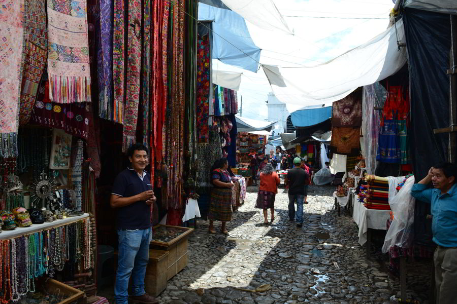 Mulheres Procurando Medellin Guatemala-764
